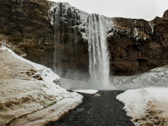 seljalandsfoss-cascade-islande landscape
