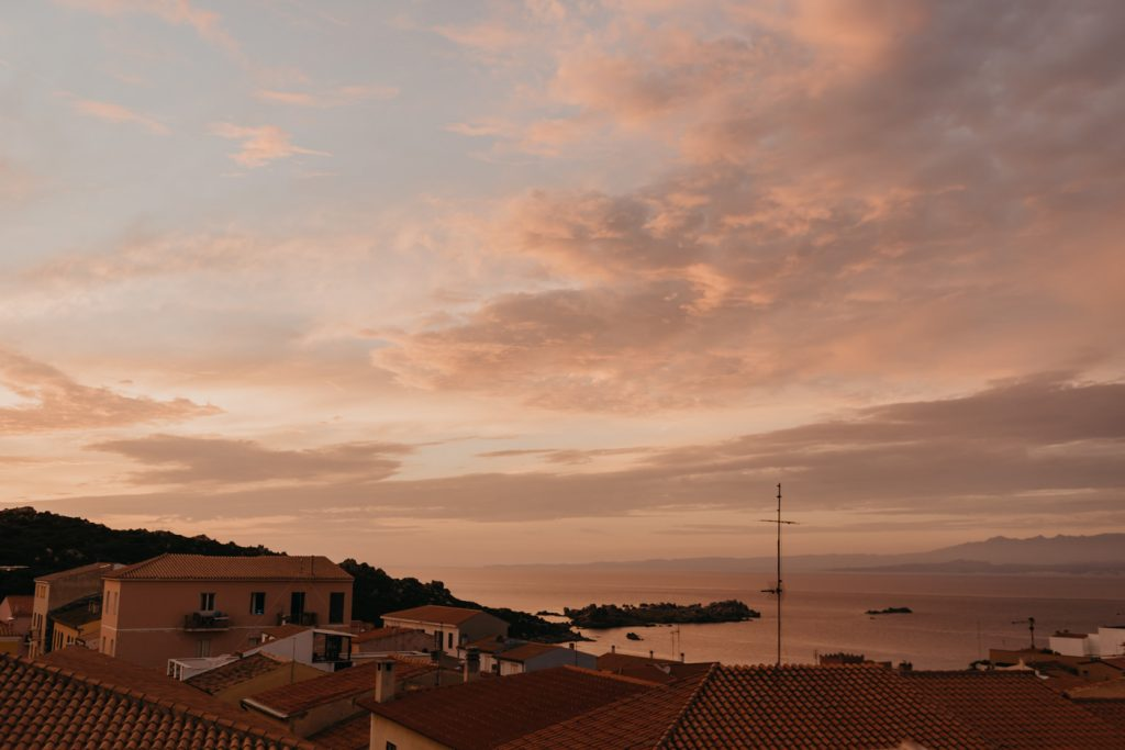 Road Trip Sardaigne - Coucher de soleil au Domus de Janas - Santa Teresa Gallura