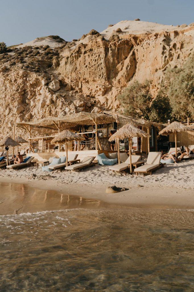 Plage de Firiplaka à Milos - Cyclades